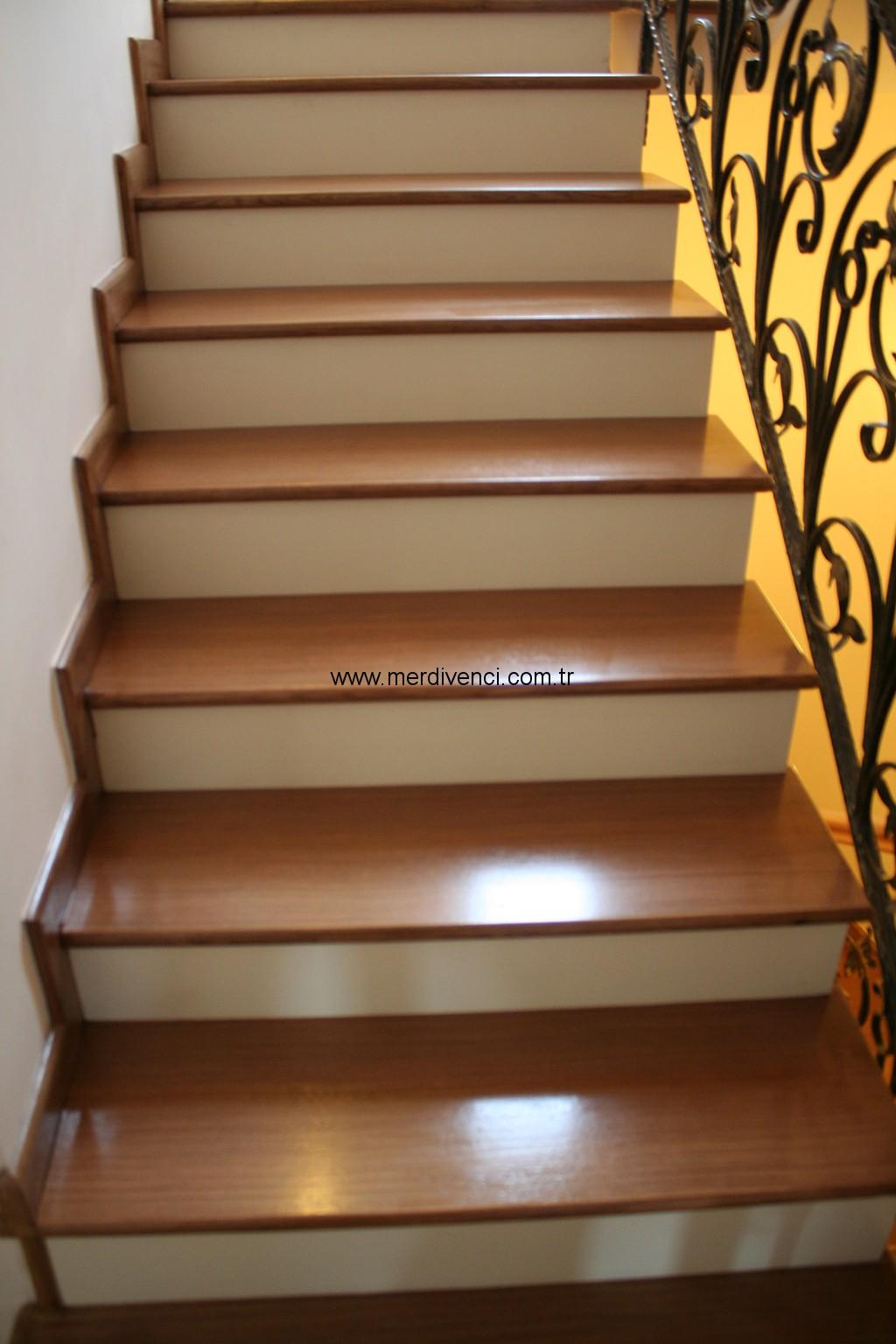 Doğal Papel Kaplamalı Merdivenler